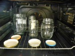 sterilizing-jars-in-the-oven